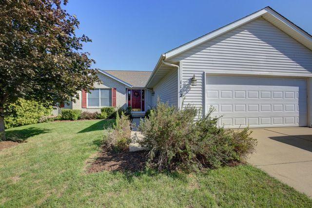 1112 W Ridgewood Drive, Mahomet, IL 61853 (MLS #10065133) :: Ryan Dallas Real Estate