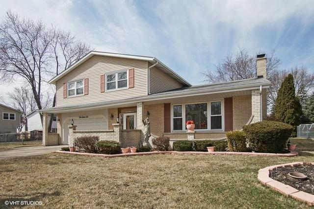1086 N King Charles Court, Palatine, IL 60067 (MLS #10067108) :: Lewke Partners