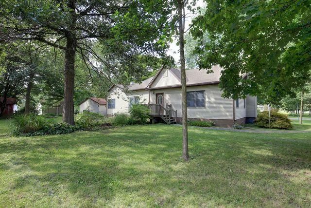 415 N Bourne Street, TOLONO, IL 61880 (MLS #10068466) :: Littlefield Group