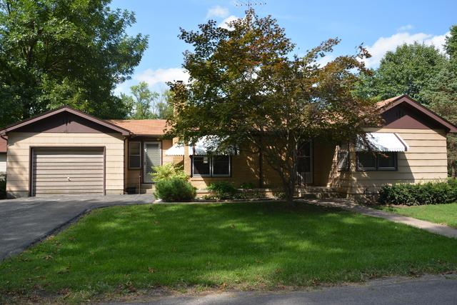 201 W Casebeer Street, NEWMAN, IL 61942 (MLS #10068631) :: Berkshire Hathaway HomeServices Snyder Real Estate