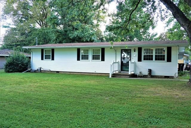 32 Hancock Drive, VILLA GROVE, IL 61956 (MLS #10068740) :: Ryan Dallas Real Estate