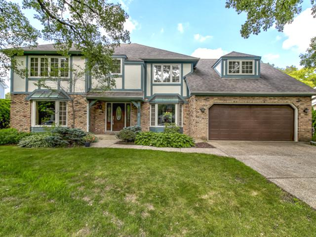 5164 Barnwall Court, Lisle, IL 60532 (MLS #10068763) :: The Dena Furlow Team - Keller Williams Realty