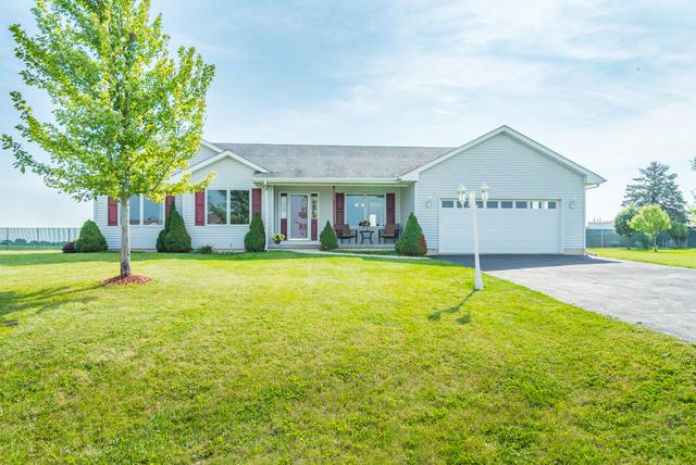 105 Hickory Lane, Kirkland, IL 60146 (MLS #10069549) :: The Saladino Sells Team
