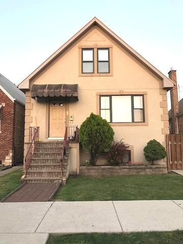 5805 S Tripp Avenue, Chicago, IL 60629 (MLS #10070655) :: The Saladino Sells Team