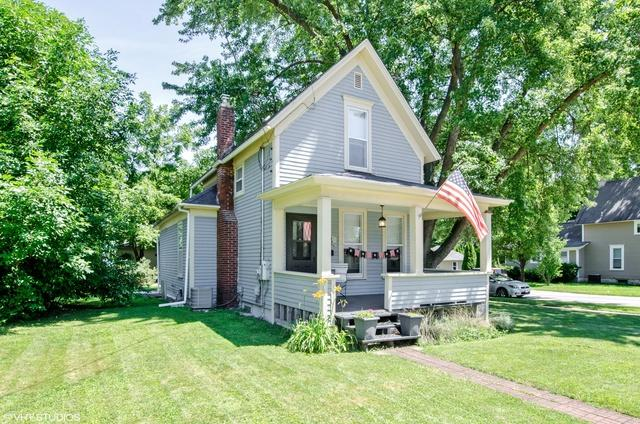 128 N Washington Street, Carpentersville, IL 60110 (MLS #10070972) :: Leigh Marcus | @properties