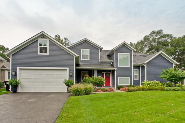 12419 Quassey Avenue, Lake Bluff, IL 60044 (MLS #10071449) :: Lewke Partners