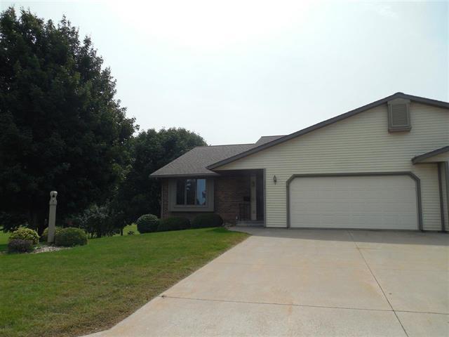 1320 4th Avenue #4, Fulton, IL 61252 (MLS #10074075) :: Lewke Partners
