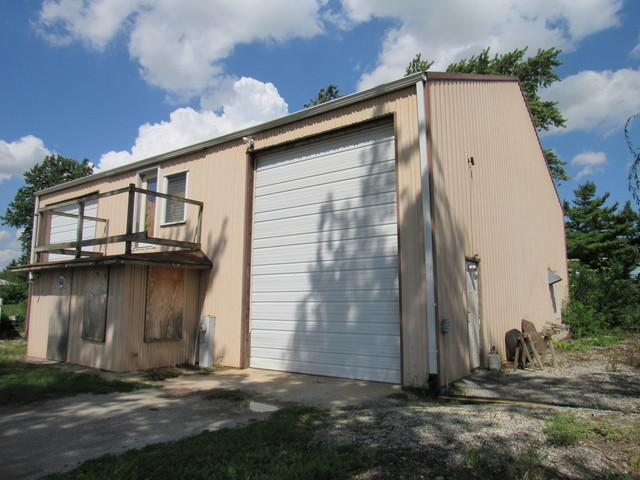 7944 Kennedy Road, Peotone, IL 60468 (MLS #10074911) :: Lewke Partners