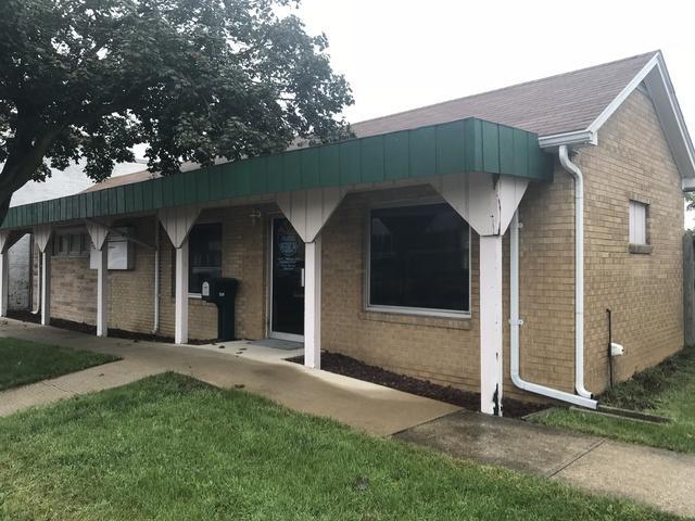 124 8th Street, Gibson City, IL 60936 (MLS #10075423) :: Ryan Dallas Real Estate