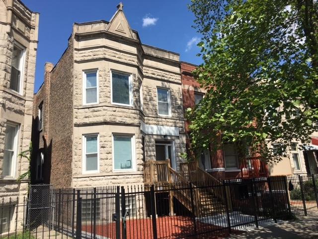 4136 W Adams Street, Chicago, IL 60624 (MLS #10076289) :: Lewke Partners