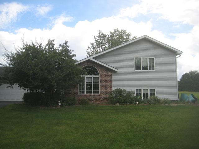 604 Brookside Drive, Varna, IL 61375 (MLS #10077968) :: Janet Jurich Realty Group
