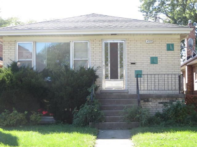 4702 N Octavia Avenue, Harwood Heights, IL 60706 (MLS #10078580) :: Lewke Partners