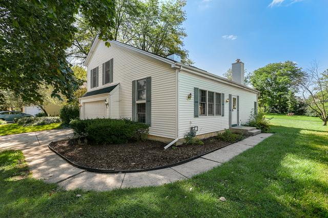2803 Garden Drive, Lisle, IL 60532 (MLS #10078859) :: The Jacobs Group