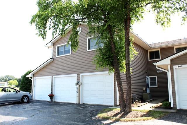 17460 W Chestnut Lane, Gurnee, IL 60031 (MLS #10079052) :: The Dena Furlow Team - Keller Williams Realty