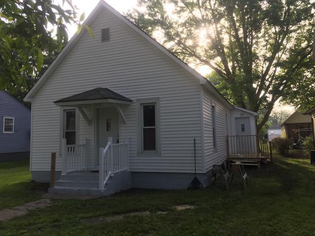 420 S State Street, Gibson City, IL 60936 (MLS #10079097) :: Ryan Dallas Real Estate
