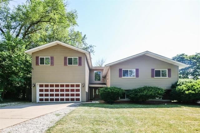 21W139 Flamingo Lane, Lombard, IL 60148 (MLS #10079129) :: The Jacobs Group