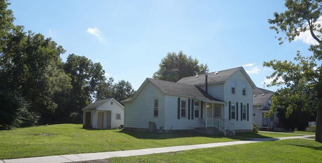 200 W Wilson Street, Peotone, IL 60468 (MLS #10079743) :: Lewke Partners