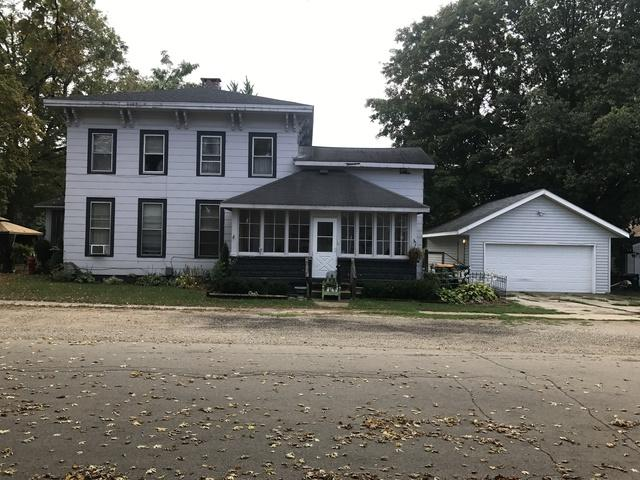 405 W Church Street, Sheridan, IL 60551 (MLS #10079905) :: The Dena Furlow Team - Keller Williams Realty