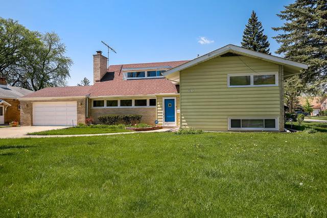 20 Forbes Road, Riverside, IL 60546 (MLS #10080208) :: Lewke Partners