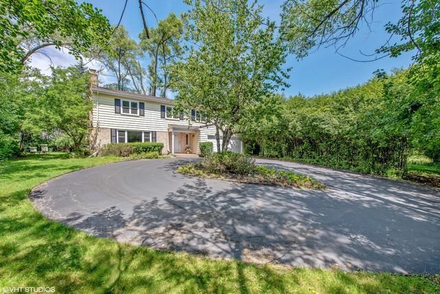 1809 Winnetka Avenue, Northfield, IL 60093 (MLS #10080382) :: Helen Oliveri Real Estate
