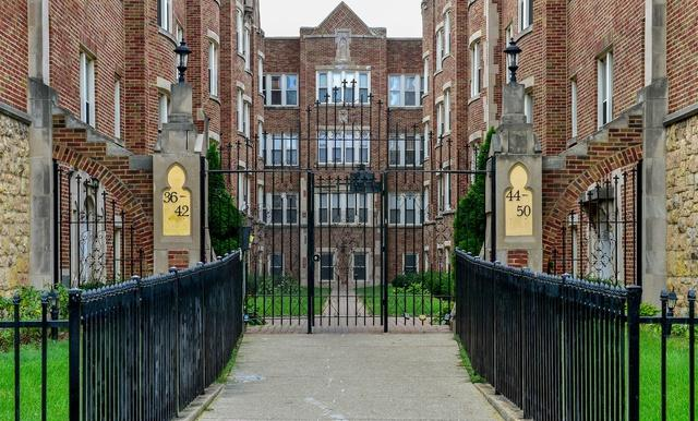 46 N Menard Avenue 3A, Chicago, IL 60644 (MLS #10080853) :: The Saladino Sells Team