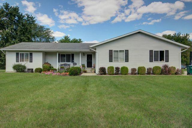 1 S Deer Lake, VILLA GROVE, IL 61956 (MLS #10080910) :: Ryan Dallas Real Estate