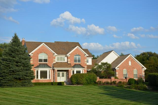 37039 N Fox Hill Drive, Wadsworth, IL 60083 (MLS #10080937) :: Baz Realty Network   Keller Williams Preferred Realty