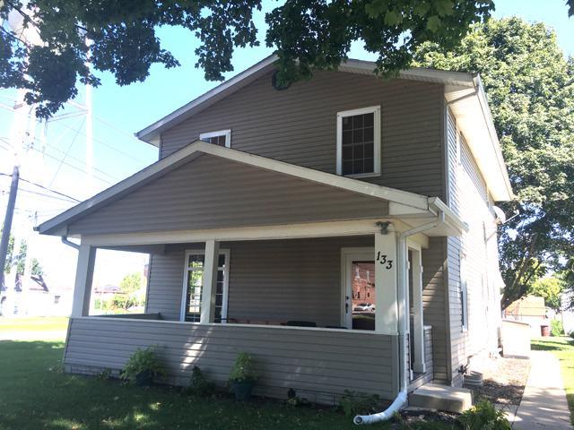 133 N Lasalle Avenue, Ladd, IL 61329 (MLS #10081527) :: The Dena Furlow Team - Keller Williams Realty