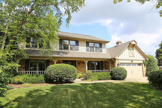 610 Hudson Court, Elk Grove Village, IL 60007 (MLS #10081635) :: The Saladino Sells Team
