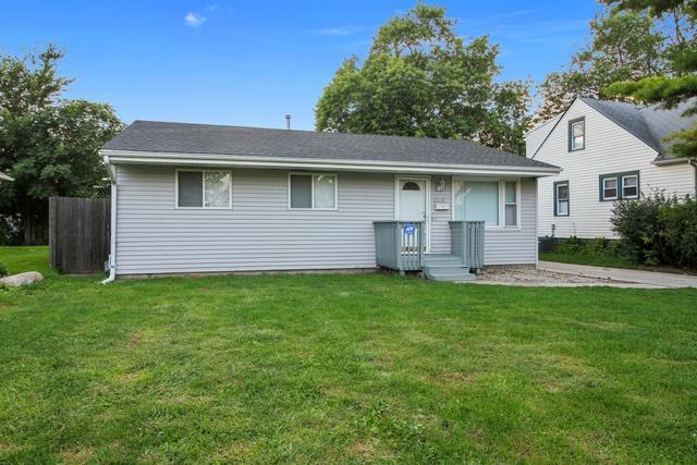 3330 Wallace Avenue, Steger, IL 60475 (MLS #10081642) :: Lewke Partners