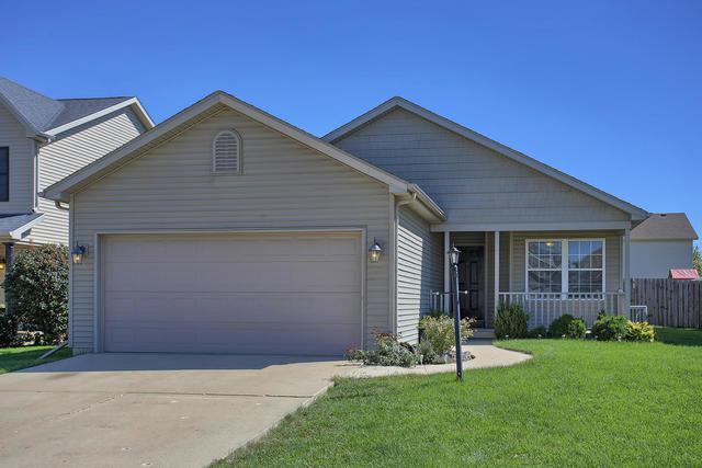 1312 West Ridge Lane, Champaign, IL 61822 (MLS #10082287) :: Ryan Dallas Real Estate