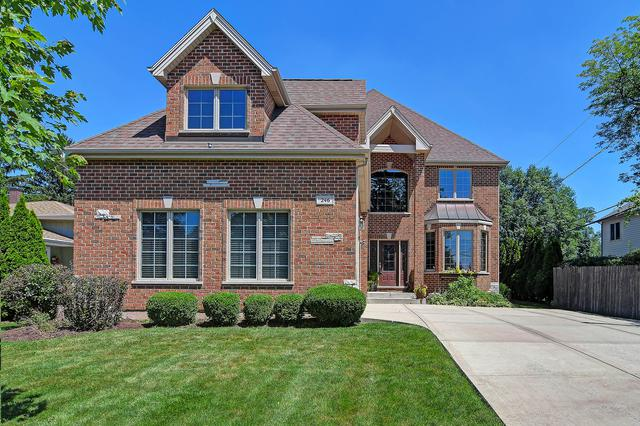 246 E 56th Street, Westmont, IL 60559 (MLS #10082904) :: The Saladino Sells Team