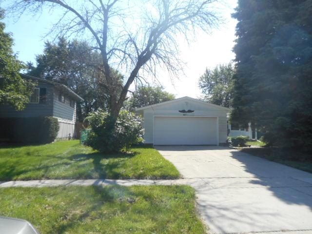 18323 N Linda Lane, Gurnee, IL 60031 (MLS #10083739) :: Lewke Partners