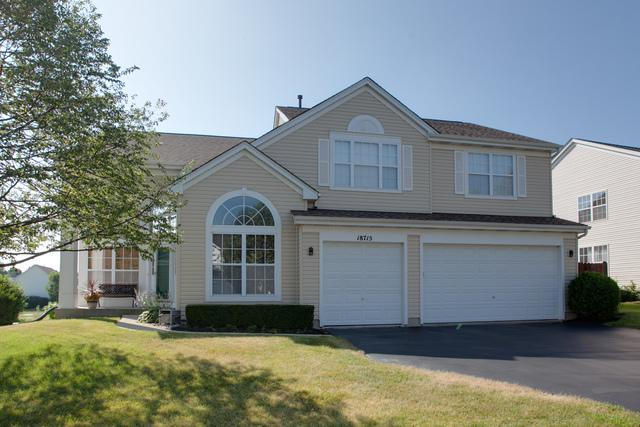 18715 W Meadow Grass Drive, Lake Villa, IL 60046 (MLS #10083742) :: Lewke Partners