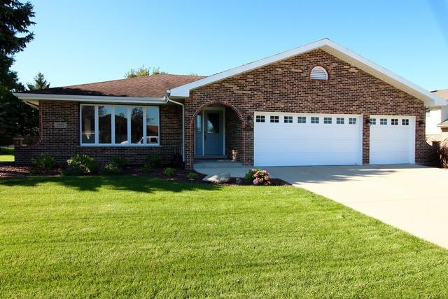 13141 W Stonewood Drive, Homer Glen, IL 60491 (MLS #10084089) :: The Saladino Sells Team