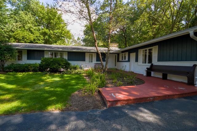 52 Lincolnshire Drive, Lincolnshire, IL 60069 (MLS #10084116) :: Helen Oliveri Real Estate