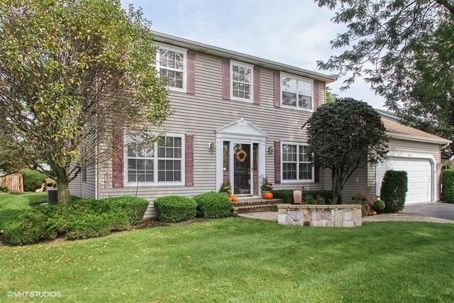 332 Wooded Knoll Drive, Cary, IL 60013 (MLS #10084578) :: Lewke Partners