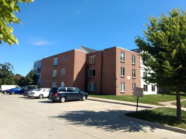 204 Clark Street, Champaign, IL 61820 (MLS #10084584) :: Ryan Dallas Real Estate