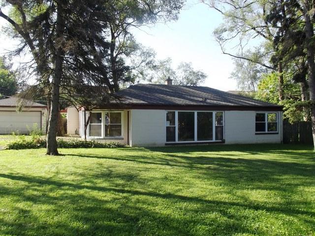 625 W Edgewood Road, Lombard, IL 60148 (MLS #10084602) :: Lewke Partners