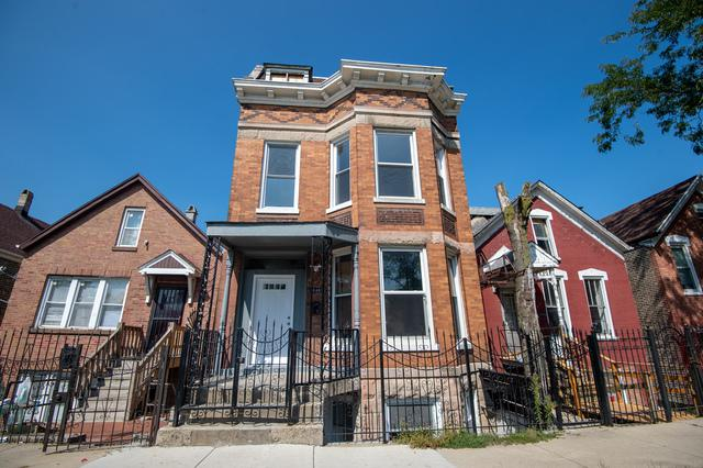 2846 W 21ST Place, Chicago, IL 60623 (MLS #10084632) :: The Saladino Sells Team