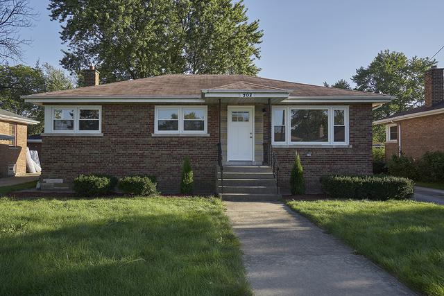 703 E 154th Place, South Holland, IL 60473 (MLS #10084913) :: Lewke Partners