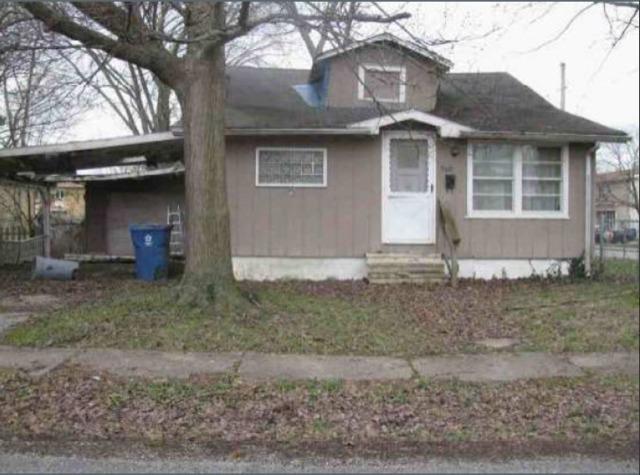 909 Fairland Street, Benton, IL 62812 (MLS #10085032) :: The Saladino Sells Team