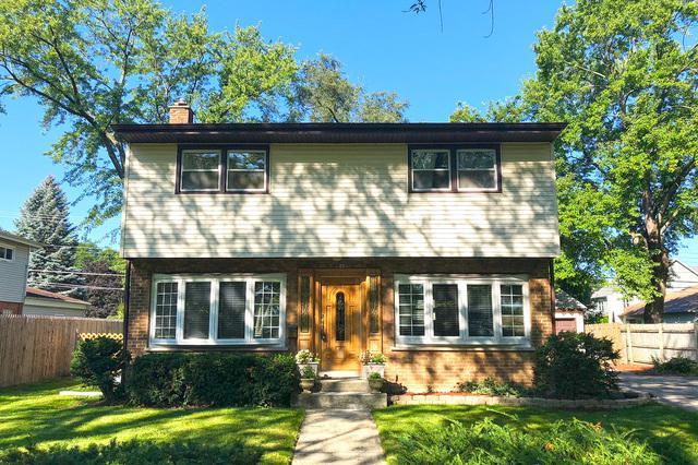 90 S Park Boulevard, Glen Ellyn, IL 60137 (MLS #10085787) :: Lewke Partners