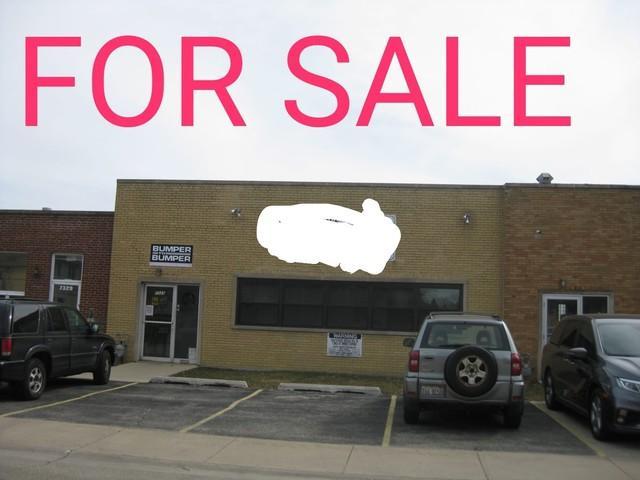7325 Hamlin Avenue, Skokie, IL 60076 (MLS #10085791) :: The Perotti Group