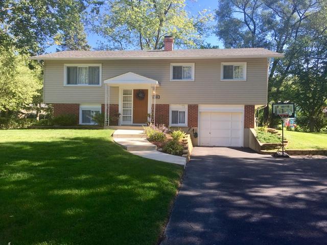 21W280 Coronet Road, Lombard, IL 60148 (MLS #10085920) :: Lewke Partners