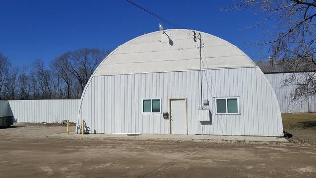 1305 Spruce Street, Morris, IL 60450 (MLS #10085946) :: Lewke Partners