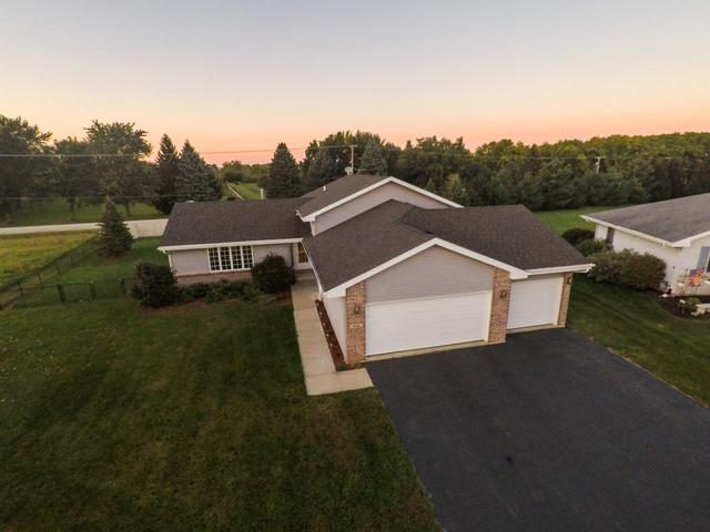 806 Greenlee Avenue, Winnebago, IL 61088 (MLS #10086415) :: The Jacobs Group