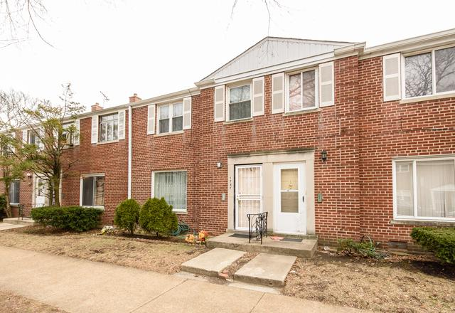 1747 W Thome Avenue, Chicago, IL 60660 (MLS #10086805) :: Littlefield Group