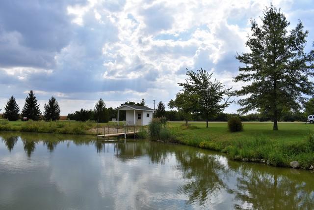 41 Hislop Drive, Cissna Park, IL 60924 (MLS #10086950) :: Ryan Dallas Real Estate