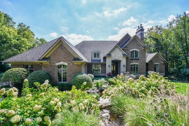 38W365 Heritage Oaks Drive, St. Charles, IL 60175 (MLS #10087072) :: Lewke Partners